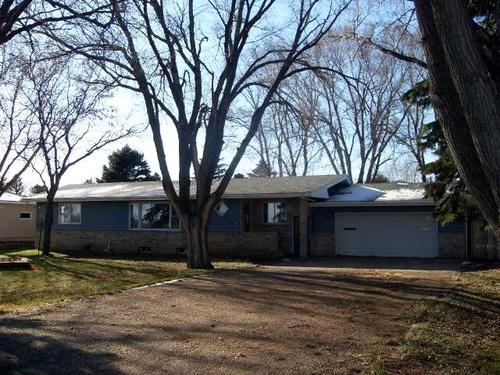 Photograph of 3355 Dakota Ave S, Huron, SD 57350