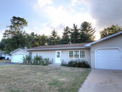Photograph of 403 Quincy Street, Friendship, WI 53934