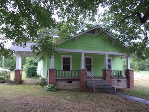 Photograph of 511 Columbia Ave, Ramseur, NC 27316