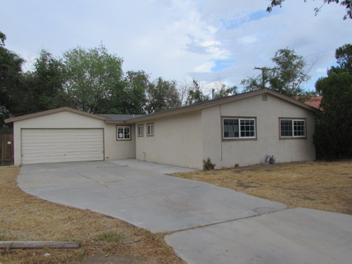 Photograph of 45468 Thornwood Ave, Lancaster, CA 93534