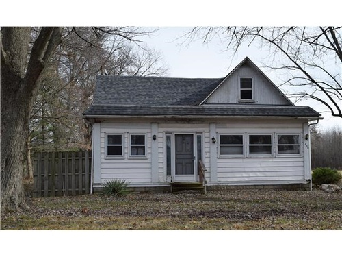 Photograph of 400 S Wood St, Odin, IL 62870