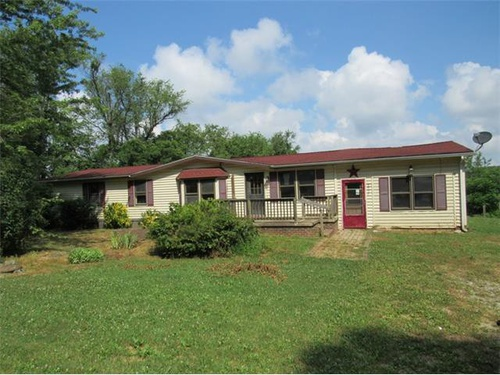 Photograph of 5957 Dairy Rd, Red Lion, PA 17356