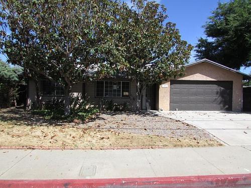 Photograph of 1270 E Washington Ave, Escondido, CA 92027