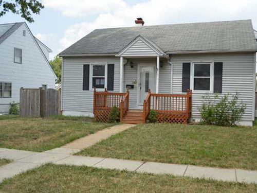 Photograph of 104 8th Ave, Brooklyn, MD 21225
