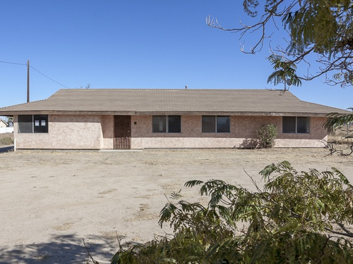 Photograph of 42730 22nd St W, Lancaster, CA 93536