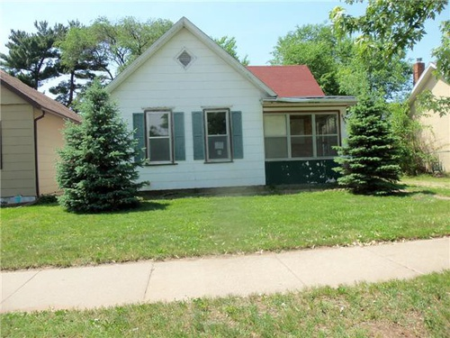 Photograph of 655 Wilson St, Winona, MN 55987