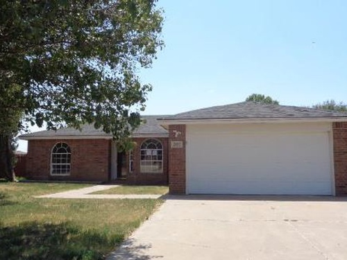 Photograph of 2607 Itasca St, Plainview, TX 79072