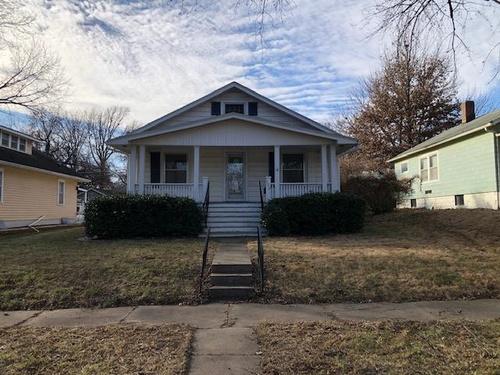 Photograph of 129 NW Quinton Ave, Topeka, KS 66606
