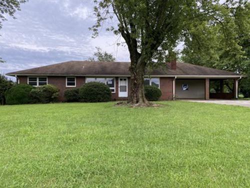 Photograph of 1717 Hamptonville Rd, Hamptonville, NC 27020