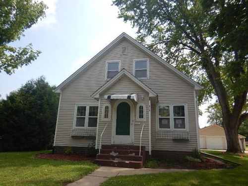 Photograph of 313 Central Ave N, New Prague, MN 56071