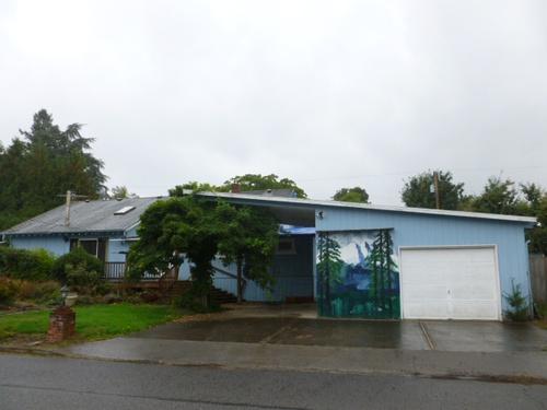 Photograph of 413 NW Cliff Ln, Estacada, OR 97023