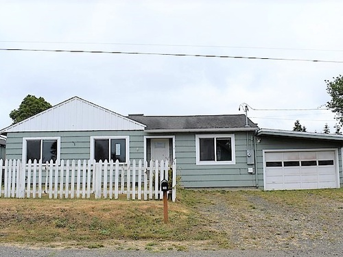 Photograph of 314 Merchant St, Coos Bay, OR 97420