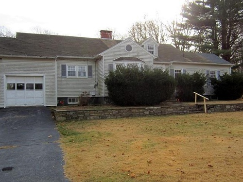 Photograph of 88 Newton St, Norwich, CT 06360