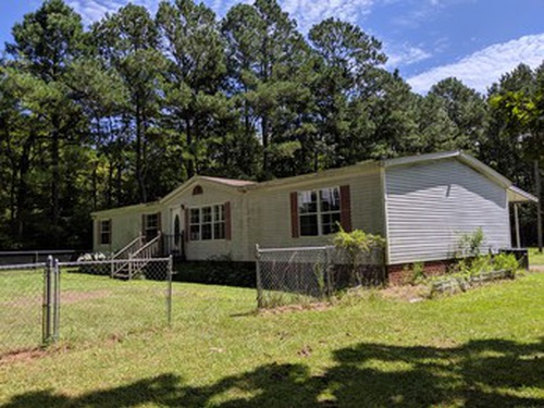 Photograph of 75 Gates Forest Rd, Eure, NC 27935