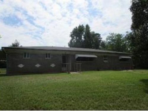 Photograph of 1800 Nimrod Trl, Longview, TX 75604