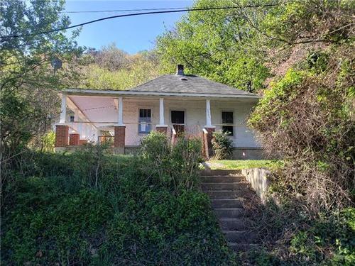 Photograph of 3607 Yellow Mountain Rd SE, Roanoke, VA 24014