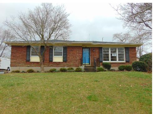 Photograph of 9808 Grenfell Way, Louisville, KY 40242