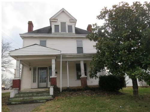 Photograph of 213 French Ave, Winchester, KY 40391