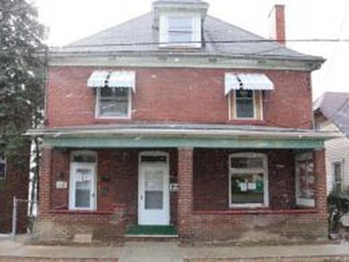 Photograph of 348-350 N Pennsylvania Ave, Greensburg, PA 15601