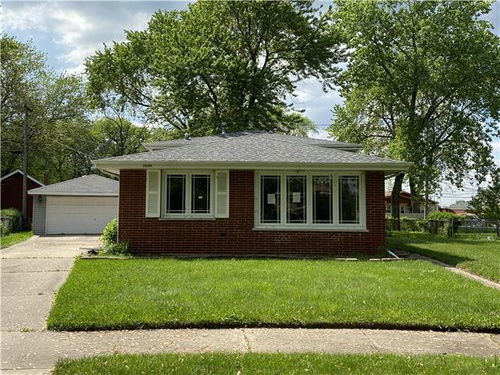 Photograph of 15104 Madison Ave, Dolton, IL 60419