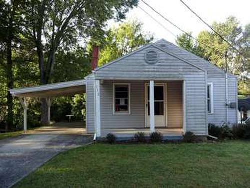 Photograph of 112 Page Ave, Johnson City, TN 37601