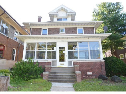 Photograph of 409 N Cherry St, Galesburg, IL 61401