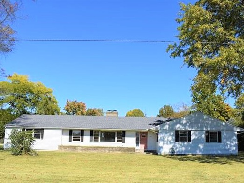 Photograph of 390 E Brandt Rd, Galion, OH 44833