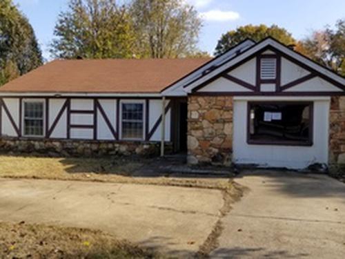 Photograph of 4868 Burgess Cove, Memphis, TN 38118