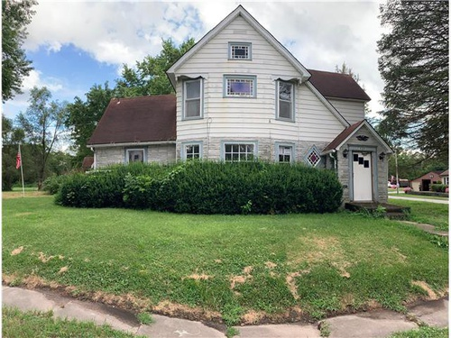 Photograph of 506 W South St, Albany, MO 64402