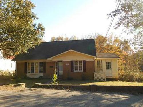 Photograph of 731 W Main Street Ext, Lincolnton, NC 28092