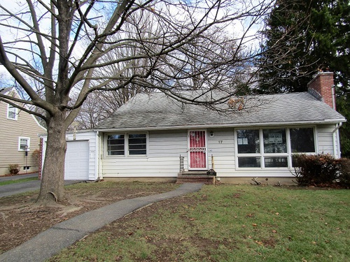 Photograph of 17 Heidt Ave, Middletown, NY 10940