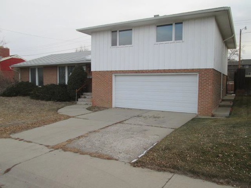 Photograph of 1306 Virginia St, Rock Springs, WY 82901