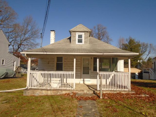 Photograph of 7652 Old Battle Grove Road, Dundalk, MD 21222