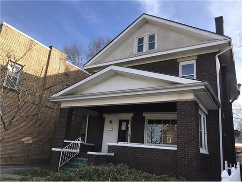 Photograph of 115 9th Ave W, Huntington, WV 25701