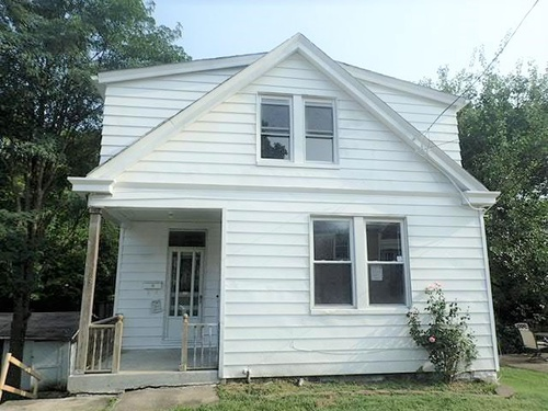 Photograph of 13 Retreat St, Southgate, KY 41071