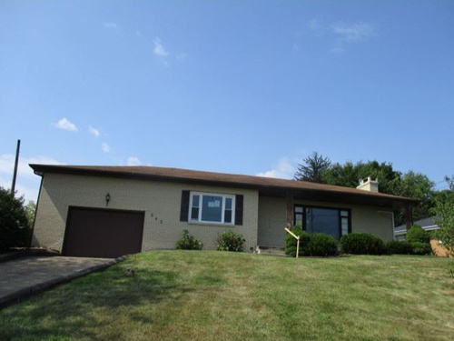 Photograph of 545 S Surry Rd, East Liverpool, OH 43920