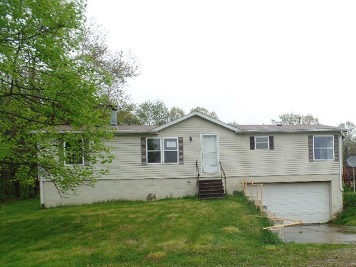 Photograph of 62496 Leatherwood Rd, Cambridge, OH 43725