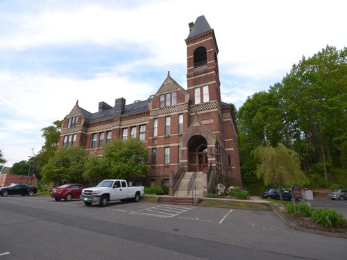 Photograph of 27 Hillside Place Unit 8, New Britain, CT 06051