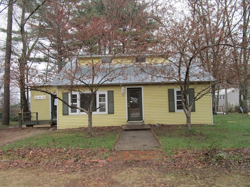 Photograph of 42 Brookside Ave, Albany, NH 03818