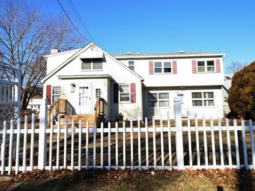 Photograph of 16 Homestead Dr, Brick, NJ 08723