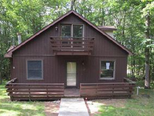 Photograph of 162 Grouse Ridge Ln, Drums, PA 18222