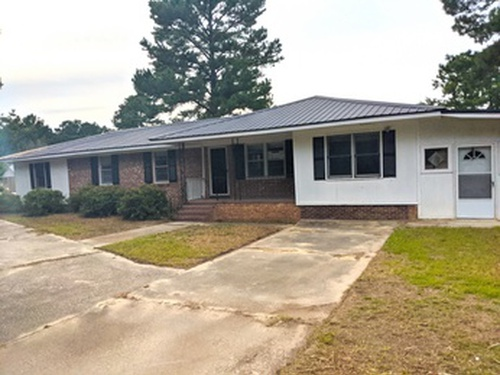 Photograph of 447 Dockery Rd, Raeford, NC 28376