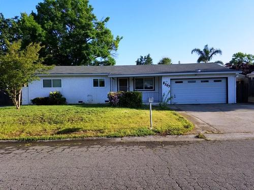 Photograph of 8549 Fairmont Way, Fair Oaks, CA 95628