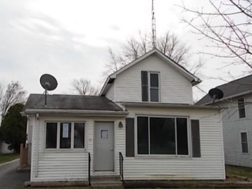 Photograph of 291 S Main St, Mc Comb, OH 45858