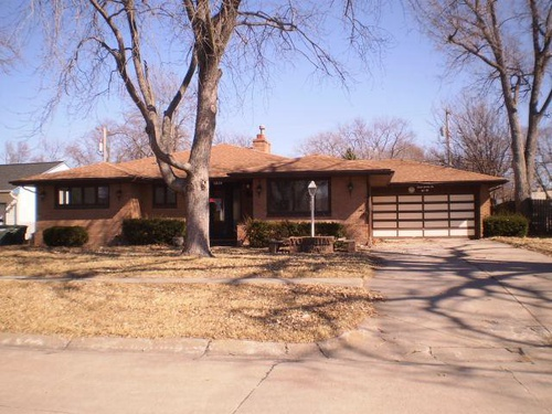 Photograph of 1222 N Webster Ave, Hastings, NE 68901