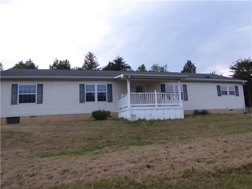 Photograph of 1 Bucklew Ln, Shanks, WV 26761