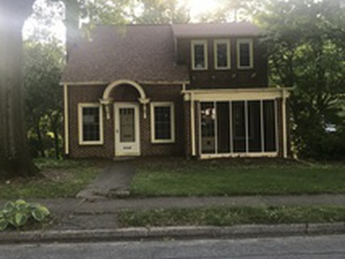 Photograph of 1115 Council St, High Point, NC 27262