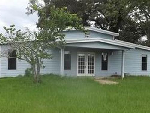 Photograph of 155 Pr 322, Oakwood, TX 75855