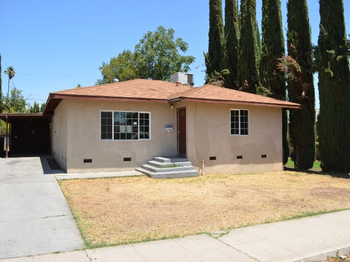 Photograph of 2928 Monterey St, Bakersfield, CA 93306