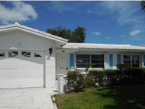 Photograph of 2110 SW 22nd St, Boynton Beach, FL 33426